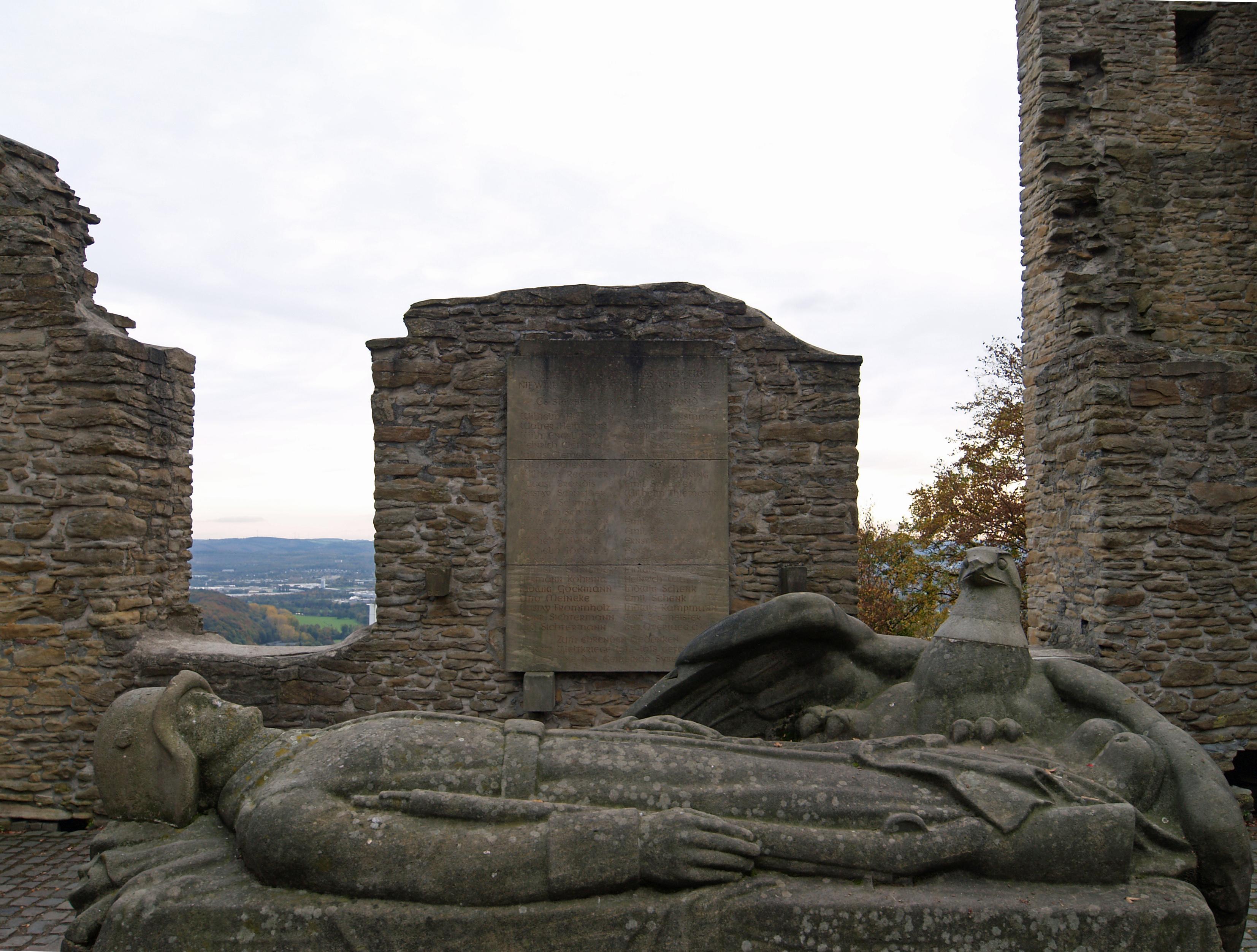 Ruine/Kriegerdenkmal Syburg